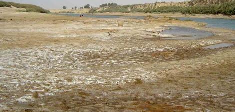 كاهش حجم ۵۰ درصدي رودخانه ها و سد مروك/ خطر جدي براي كشاورزان و صاحبان مزارع پرورش ماهي