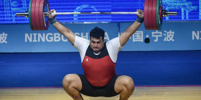 قهرمانی علی داوودی در سنگین وزن وزنه برداری آسیا