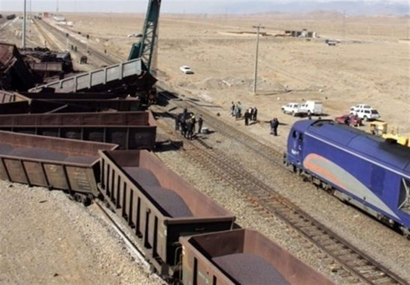 خروج 6 واگن باری از ریل در راه آهن تهران جنوب در مسیر لرستان