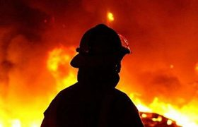 انفجار تانکر حمل میعانات گازی در الیگودرز/یک آتش نشان مصدوم و چندین نفر دچار مسمومیت شدند