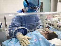 نوزاد ده روزه الیگودرزی به کرونا مبتلا شد